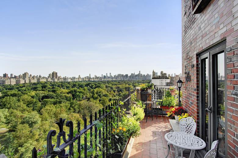 340 west 57th street 8a midtown west new york ny 10019 On apartment with view of central park
