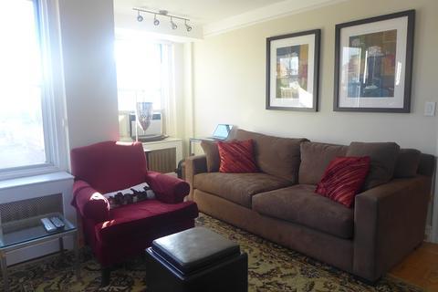 living room alcove
