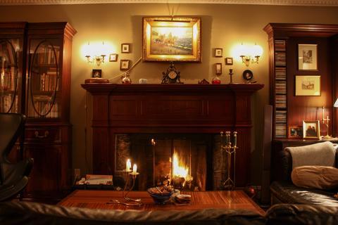 Sitting Room / Living Room - 1st FL