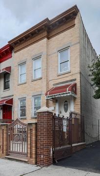426 Fenimore Street