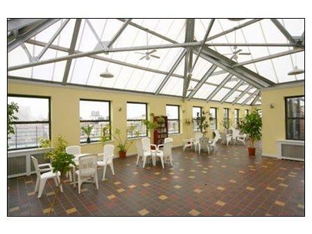 Roof top solarium