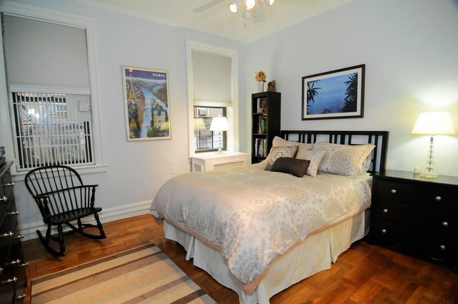 166 East 92nd Street 1g New York Ny 10128 Realdirect