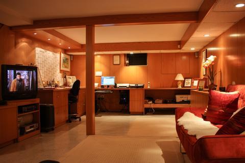 Home Office - Basement