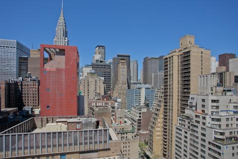 City View of Midtown Manhattan from Living Room and Bedroom