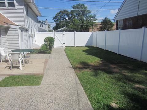 Large Yard with new fence for complete privacy