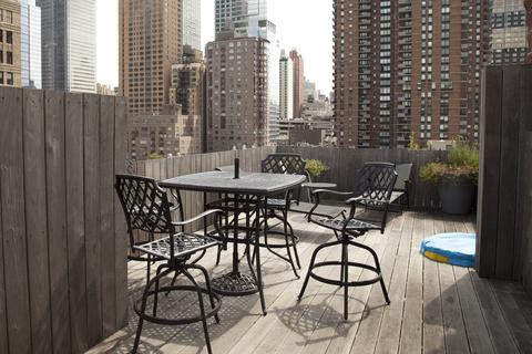 Roof deck seating area