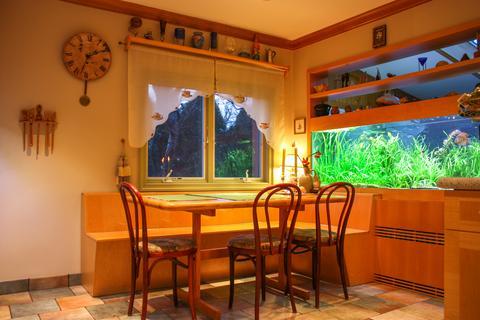 Kitchen Eating Area w/ Fish Tank - 1st FL